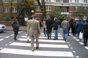 DAN_ABBEY_ROAD_CROSSWALK